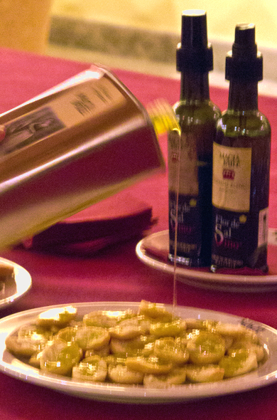 honeymoon_winery_oliveoil_590_390