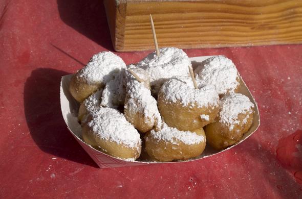 charleston_market_doughnuts_590_390
