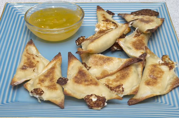crab_rangoon_plate_590_390