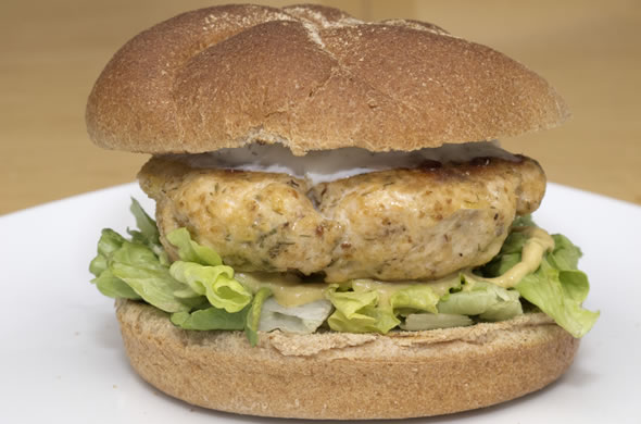salmon burger_done_590_390