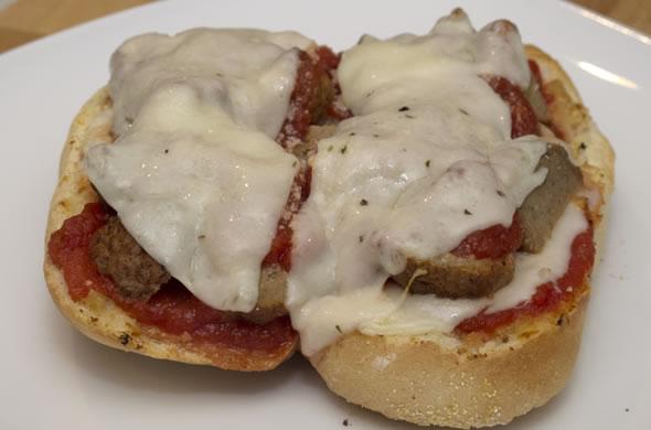 meatball_plate_590_390