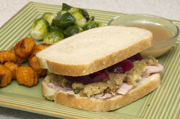thanksgiving_sandwich_590_390