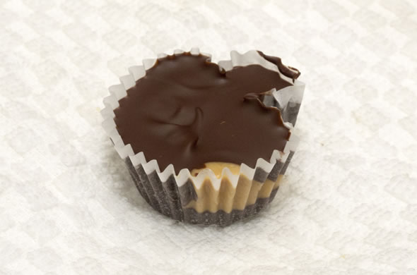 pb_cups_whole_590_390