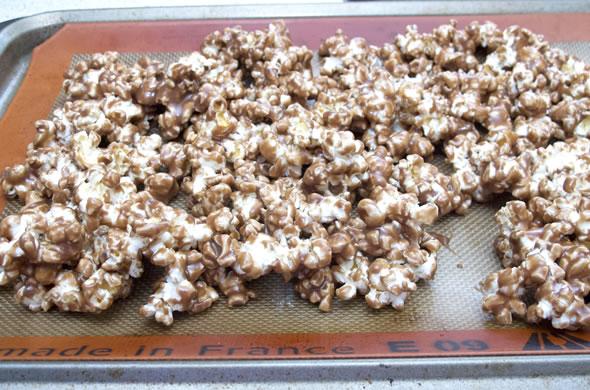 The Three Bite Rule - Neutella Popcorn