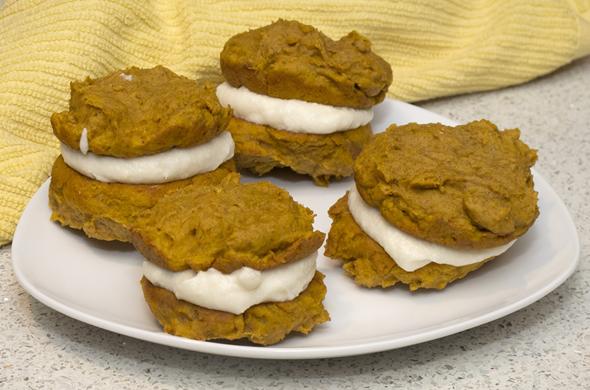 pumpkin_whoopie_plate_590_390