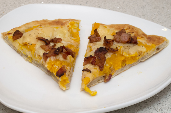 fall_pizza_slices_590_390