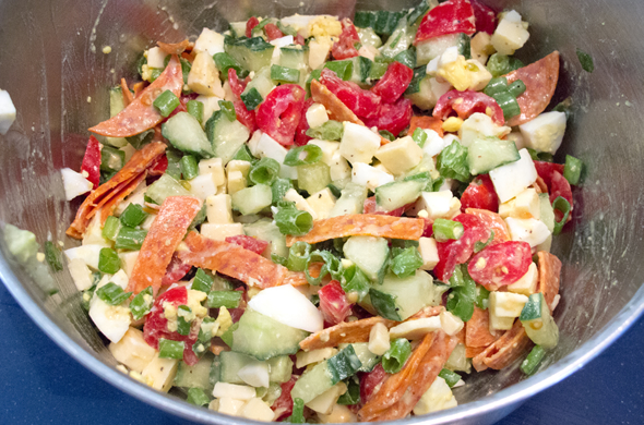 cobb_salad_mix_590_390
