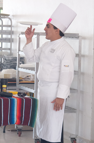 cruise_cooking_chef_390_590
