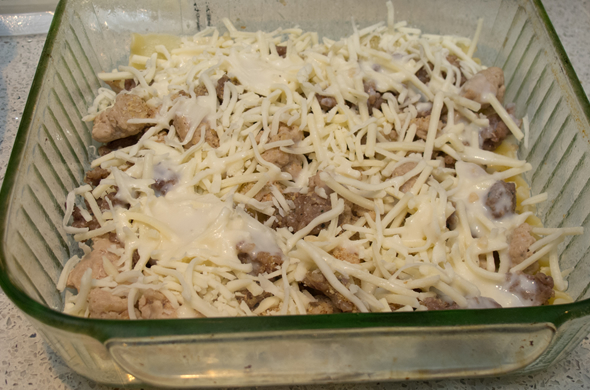 white_lasagna_meat_590_390