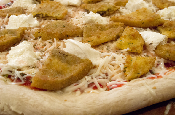 eggplant_pizza_topped_590_390