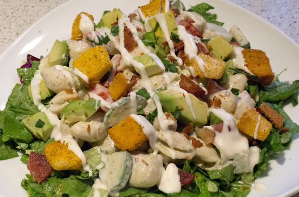 blt_salad_overhead_590_390