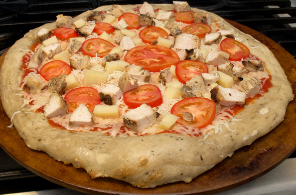 chick_pizza_topped_590_390