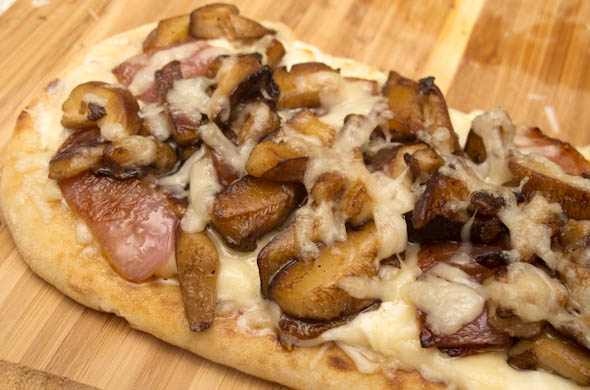 Steakhouse Flatbread Pizza - The Three Bite Rule