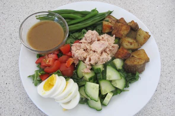 The Three Bite Rule - Tuna Nicoise Salad with Dijon Vinaigrette