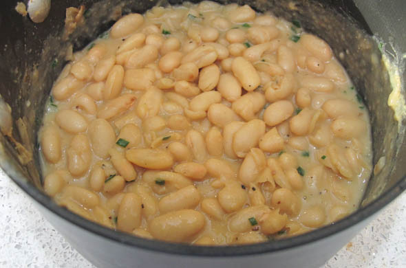 The Three Bite Rule - Tuscan Herbed Chicken & White Beans