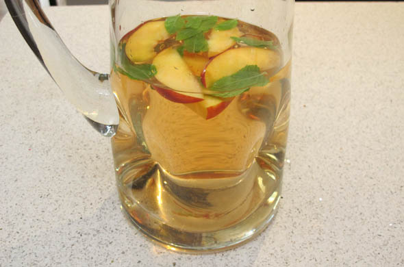 The Three Bite Rule - Quick White Sangria