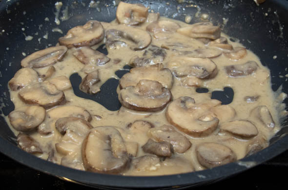 The Three Bite Rule - Ham & Marsala Mushroom Sauce