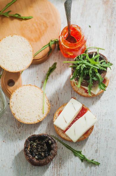 The Three Bite Rule - Guest Post Portobello & Halloumi Burgers