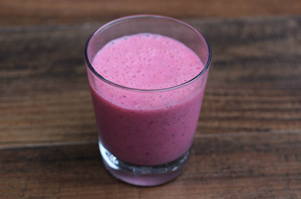 The Three Bite Rule - Dragon Fruit Smoothie
