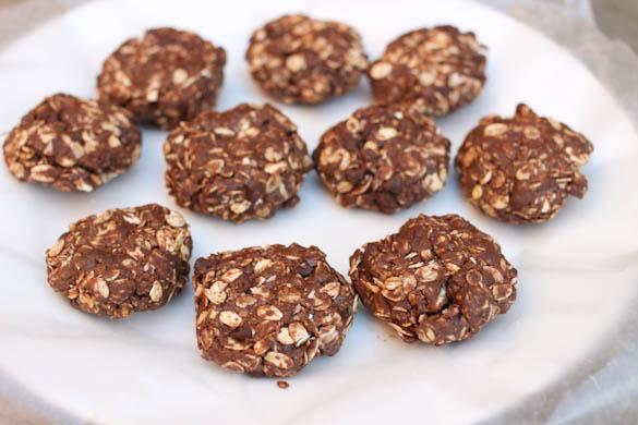 The Three Bite Rule - Chocolate Mint Energy Bites